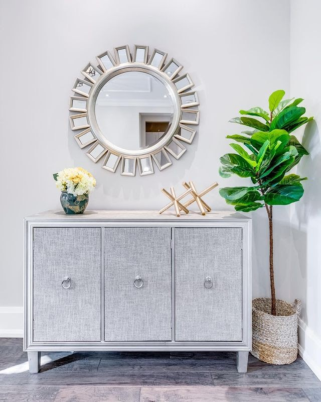 20 Styling Tips on How to Create a Foyer in an Open Living Room