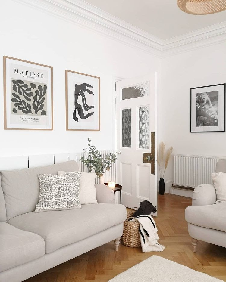 12 Practical Tips on How to Arrange Furniture in an Awkward Living Room