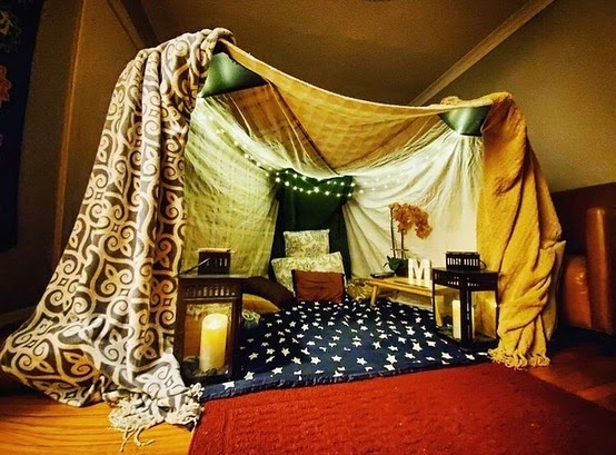 Easy 5 Step Guide on How to Make a Fort in the Living Room