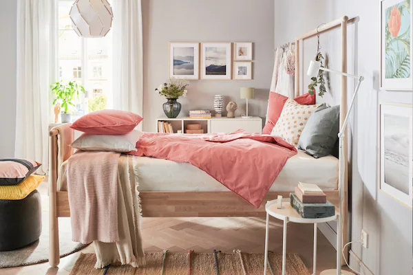 13 Aesthetic Bedroom Ideas Perfect for a Makeover this 2021